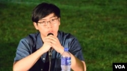 香港中文大學學生會會長周豎峰 (美國之音特約記者 湯惠芸拍攝)