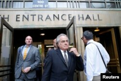 Benjamin Brafman, lawyer for film producer Harvey Weinstein, exits the Manhattan Criminal Court following a meeting in New York, May 29, 2018.