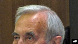 前波兰总理,团结工会领导人之一马佐维茨基