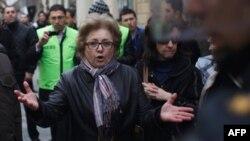 Участники протестов оппозиции в Азербайджане