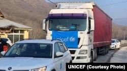 Kamion sa medicinskom pomoći UNICEF-a stiže na Kosovo (Foto: UNICEF)
