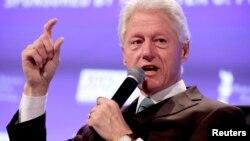 Bill Clinton habla este miércoles en Little Rock, Arkansas, sobre Obamacare.