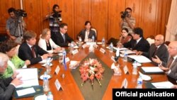 یورپی پارلیمان کی ذیلی کمیٹی کے وفد نے منگل کو پاکستانی حکام سے ملاقات کی۔