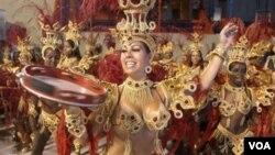 Por lo menos 750.000 visitantes lleguen a Río durante cinco días de festividades, según anticiparon las autoridades.