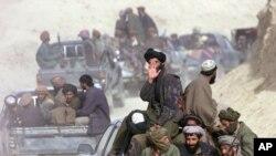 طالبان در اثر حملات هوایی امریکا و نبرد زمینی نیروهای جبهه مقاومت، شکست خوردند