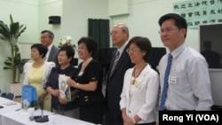 台湾会馆人士欢迎民进党和台联党立委访美右一为林佳龙