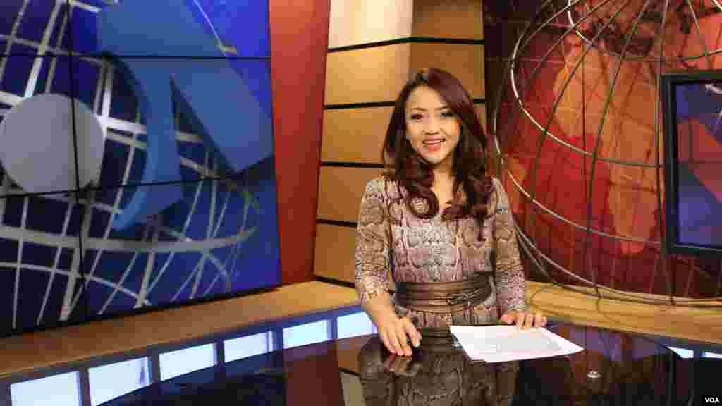 Patsy Widakuswara is a TV anchor and senior TV producer for VOA's Indonesian Service. She supervises the development and production of news programs and anchors various TV shows. Prior to joining VOA, she worked at Indonesia's first TV news station, Metro TV, and at BBC as an assistant producer.