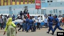 Maandamano yaliyozusha ghasia kati ya polisi na wananchi wanaompinga Rais Nkurunzinza asiwanie tena uongozi