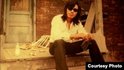 Rodriguez, a folk-rock troubadour from Detroit, cut a couple of albums in the 1970s which flopped in the US. What he didn't know was that his music became popular in South Africa.(Photo by Hal Wilson, Courtesy Sony Pictures Classics)