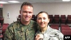 Рима Русняк и ее жених сержант Иэн Восс
