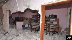 Agencija SANA emitovala je ovaj snimak prostorije TV stanice Al-Ikbarija, oštećene u današnjem napadu