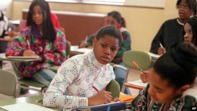 Menurut Suster Mary Bourdon, pendiri Washington Middle School, seringkali siswa masuk ke sekolah itu dengan nilai yang rendah dan tidak punya kemauan atau motivasi yang kuat (foto: Dok).