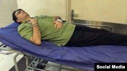 اسماعیل عبدی، فعال حقوق معلمان در زندان اوین دست به اعتصاب غذا زده است.