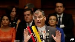"""Rafael Correa dijo que en lo político, """"el país debe descansar de mí y, sinceramente, yo también debo descansar un poquito del país al referirse a su último año de gobierno."""