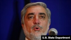 اجرائیه رئیس عبدالله نن د بروسل په ښار کې خبریالانو ته وویل، چې افغان ځواوکونه د ناټو ملاتړ ته اړتیا لري.