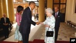 صدر اوباما برطانیہ پہنچ گئے