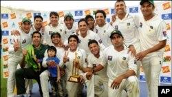 پاکستان کی انگلینڈ کے خلاف فتح ۔۔۔ مظہر مجید کا شکریہ!