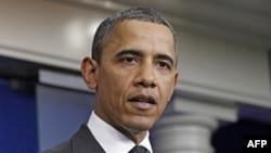 Tổng thống Hoa Kỳ Barack Obama phát biểu tại Tòa Bạch Ốc ngày 21/11/2011 sau khi ủy ban đặc biệt về cắt giảm ngân sách đã không đạt được một thỏa hiệp về việc cắt giảm ngân sách liên bang trong 10 năm tới