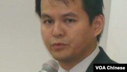 李偉農 華僑文教中心副主任