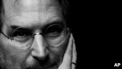 苹果电脑公司创始人史蒂夫.乔布斯