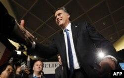 Romni, Santorum, Pol - Ayovada eng ko'p ovoz olgan respublikachilar