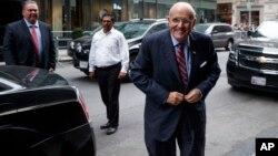Una fuente citada por la agencia The Associated Press aseguró que Giuliani no tiene competencia real para ocupar el puesto y que será suyo si él así lo desea.