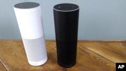 Alexa, el asistente virtual de Amazon, responde a comandos verbales del usuario, para tocar música, leer titulares o añadir un evento a un calendario digital.