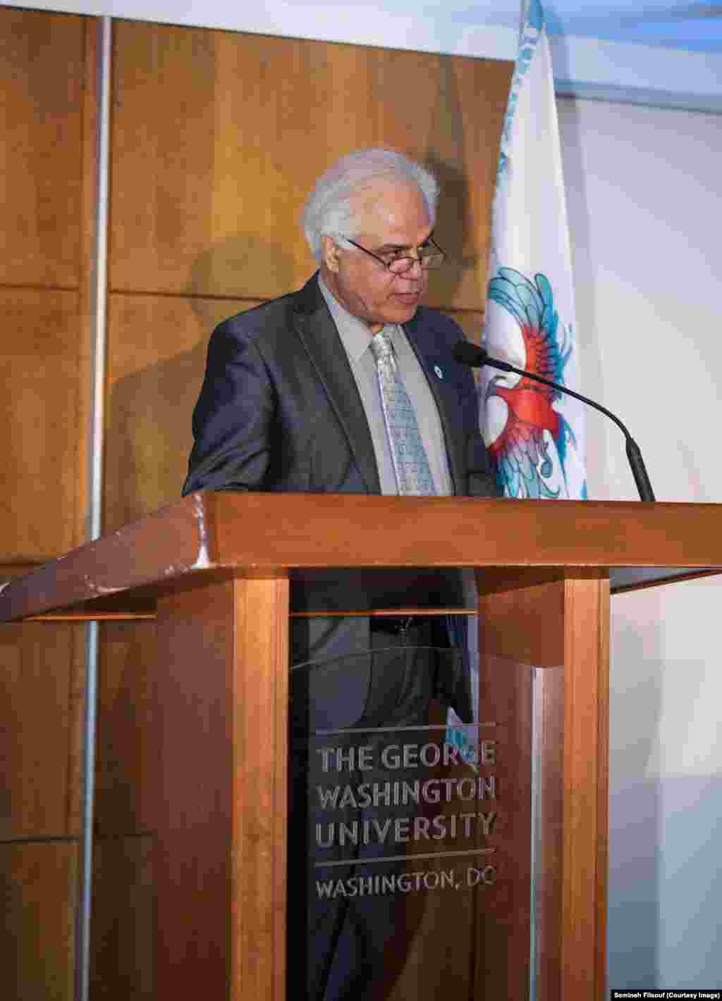 الهیار کنگرلو، مدیراجرایی پروژه ققنوس