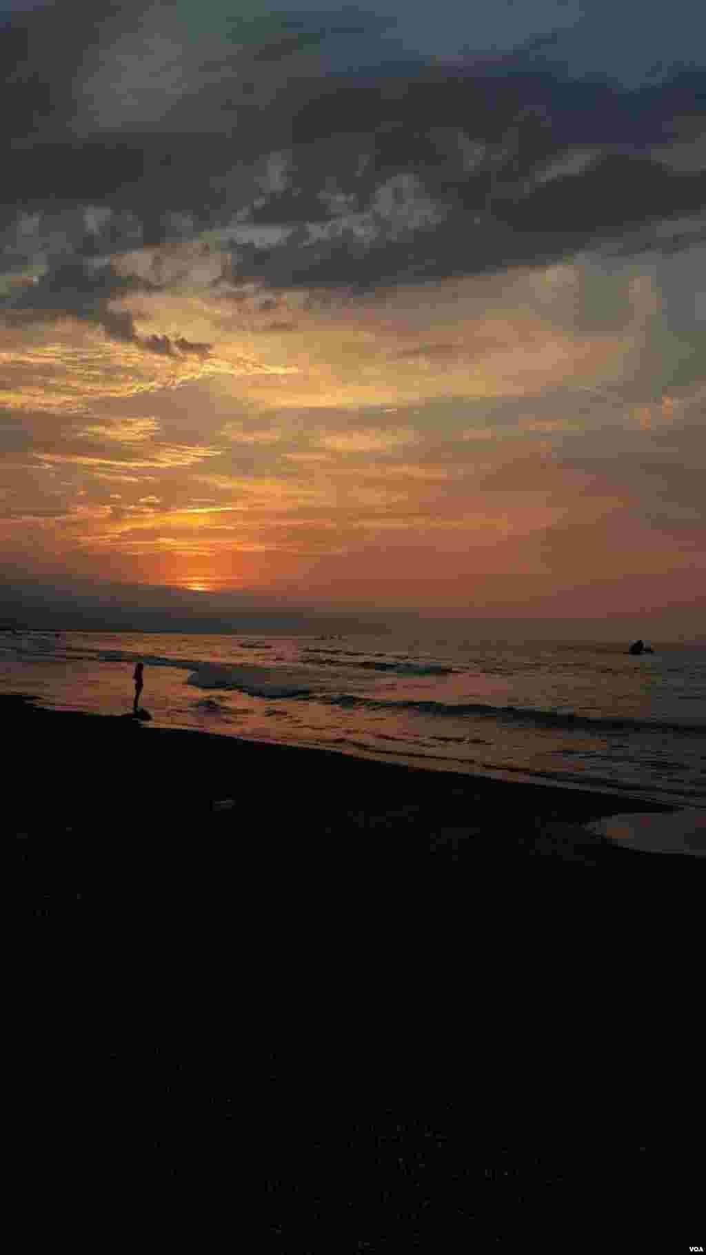 نمایی از دریای خزر در متل قو عکس: آریا (ارسالی شما)