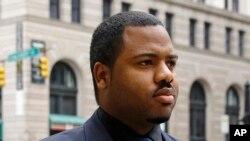 El oficial de policía William Porter, es uno de los seis policías de Baltimore acusados en la muerte de Freddie Gray.