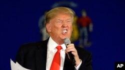 La nota del CPJ detalla los insultos y vilipendios que Trump ha lanzado contra la prensa y dice que ha hecho de su oposición a los medios el enfoque de su campaña.