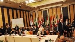 اتحاديه عرب مأموريت ناظران خود را در سوريه تمديد کرد
