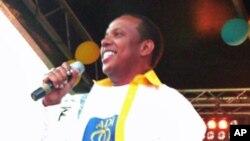 A moção de censura contra o governo poderá comprometer as aspirações do Primeiro-ministro do ADI, Patrice Trovoada que acaba de submeter a aprovação do parlamento o orçamento geral do Estado do próximo ano