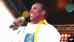 Patrice Trovoada, Primeiro-ministro e líder do partido ADI é um dos defensores da convocação de eleições legislativas antecipadas