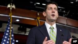폴 라이언 미 연방 하원의장이 19일 기자회견을 열고 시리아 난민 문제에 관한 입장을 밝히고 있다.