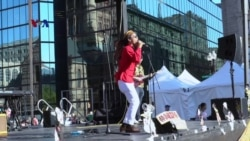 Band Reggae Boston, Java Juke Box, Tampil Dengan Ciri Khas Baju Batik