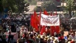 2015-03-04 美國之音視頻新聞: 緬甸學生繼續與警察對峙
