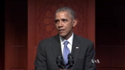 Visiting Mosque, Obama Condemns Violence Against Muslim Americans