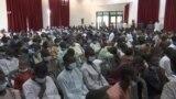 Shugaba Muhammadu Buhari Yana Ganawa Da Daliban Kankara Da Aka Saki