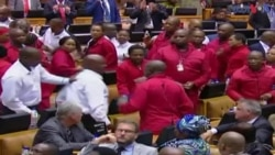 جنوبی افریقہ کی پارلیمنٹ میں ہاتھا پائی