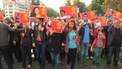 شهروندان ترک یاد کشته شدگان انفجارهای آنکارا را گرامی داشتند