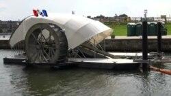 Membersihkan Sungai dengan Kincir Air