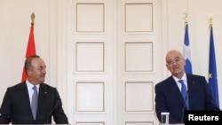 希臘外長丹迪亞斯和土耳其的外交部長在雅典會晤(2021年5月31日)