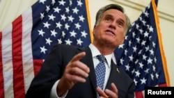 Thượng nghị sĩ Hoa Kỳ Mitt Romney là tiếng nói chỉ trích hiếm hoi trong chính giới Cộng hòa khi phản ứng về những phát ngôn và hành động gây tranh cãi của Tổng thống Donald Trump.