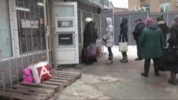 Бюрократія не дає краще допомагати біженцям зі Сходу. Відео