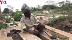 Levando a vida no cemitério: Reportagem sobre pobreza persistente em Moçambique
