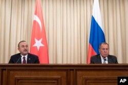 Dışişleri Bakanı Mevlüt Çavuşoglu ve Rusya Dışişleri Bakanı Sergey Lavrov