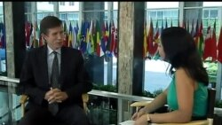 Assistant Secretary Robert Blake talks to VOA Uzbek