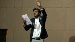 پاکستان کے نوجوان اسٹینڈ اپ کامیڈین