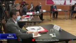 Tiranë, shoqëria civile dorëzoi një projektligj për referendumet